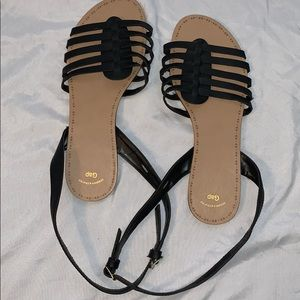 Strappy twist ankle Sandals